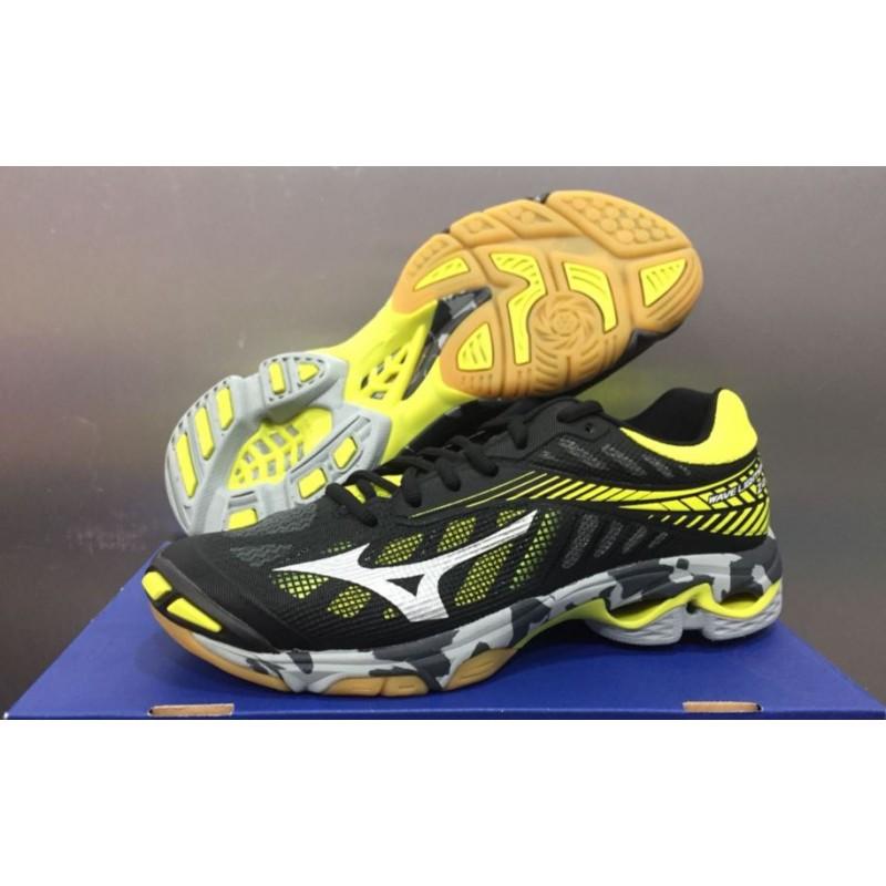 54c01ee4edf09 Mizuno Wave Lightning Z4 V1GA180005 Indoor Shoes