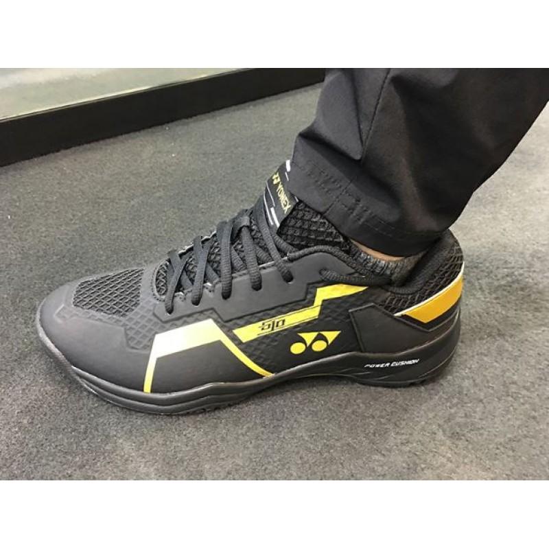 Yonex POWER CUSHION 610 SHB-610CR-BK MENS Badminton Shoes